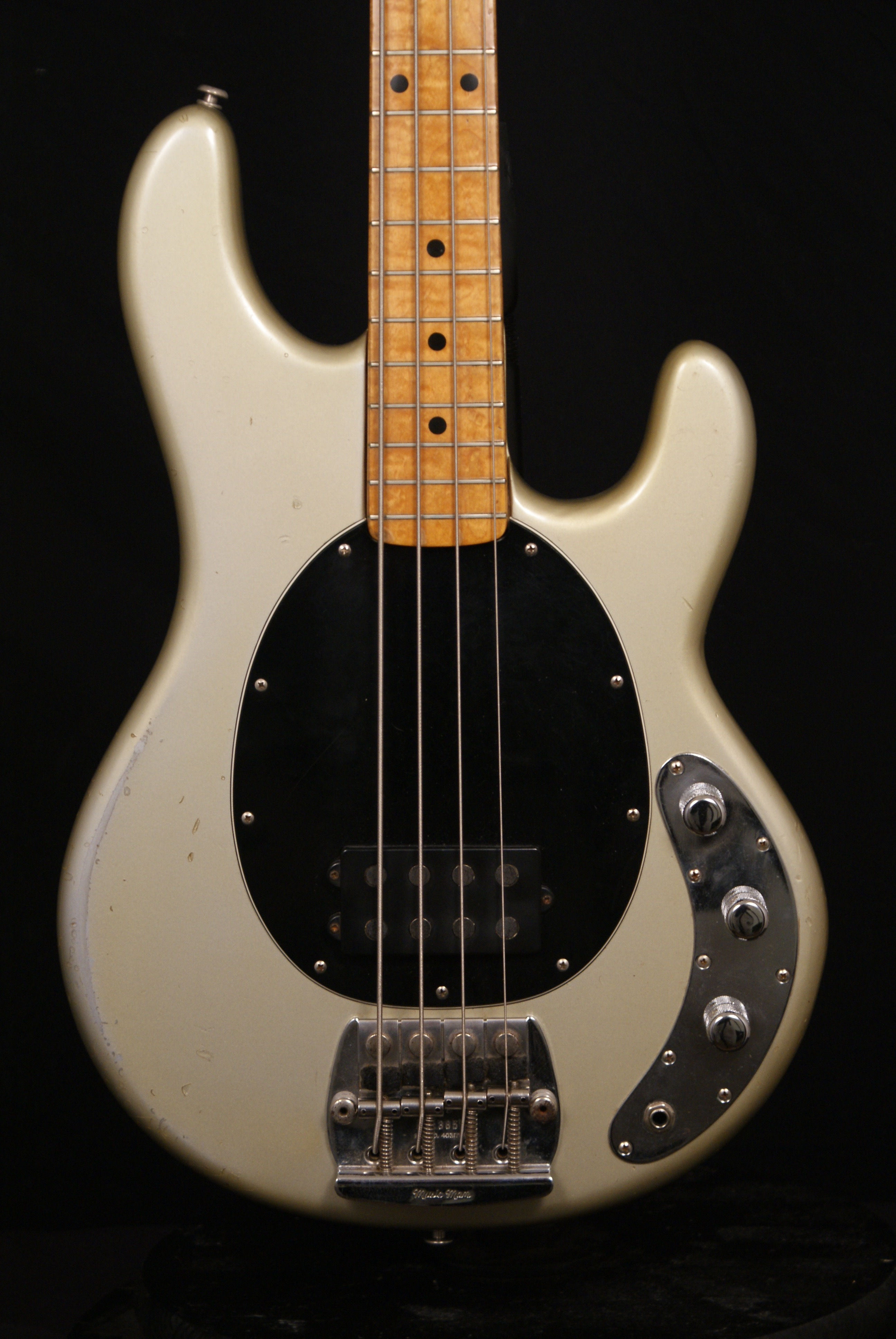 1979 inca silver music man stingray bass. Black Bedroom Furniture Sets. Home Design Ideas