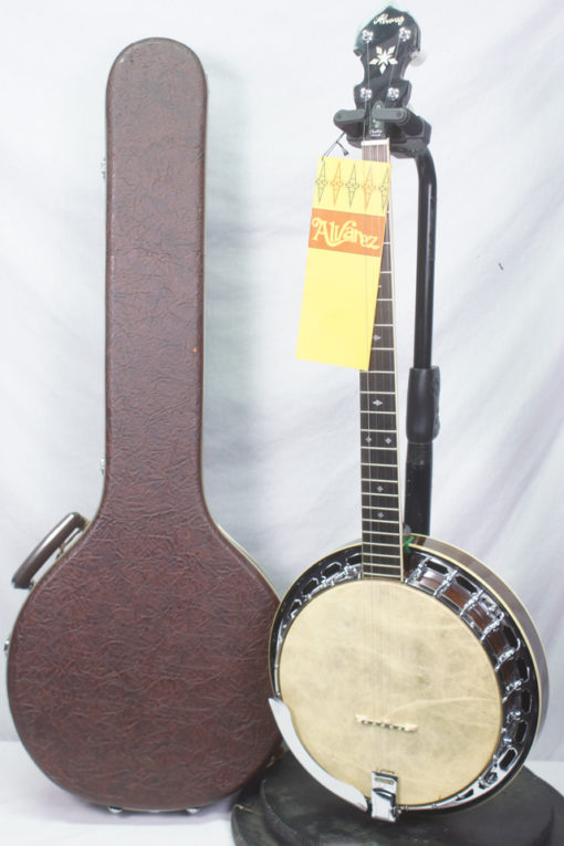 1970s Alvarez 5 string Banjo Made in Japan with Original Case and TAg for Sale